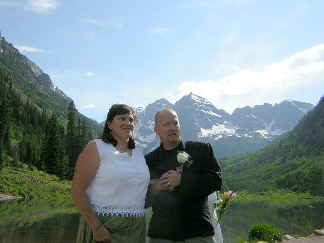 Dan & Margo at Maroon Bells Lake with the Maroon Bells in the Background